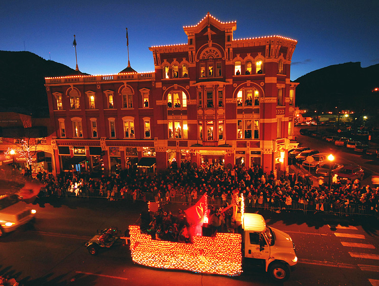 Snowdown Light Parade_Durango