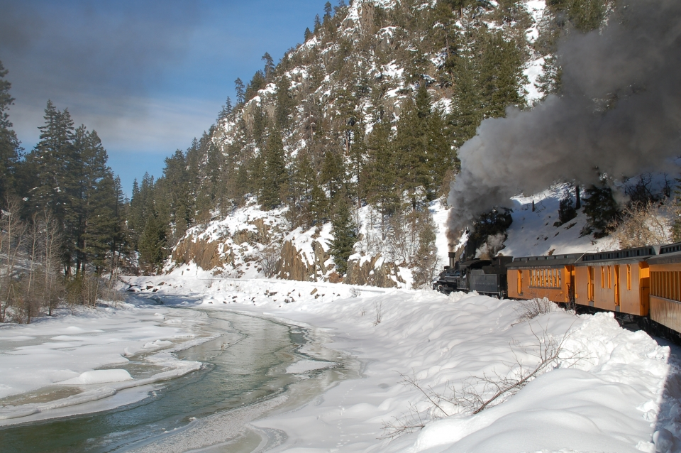 Durango train_Cascade Canyon winter train concert series