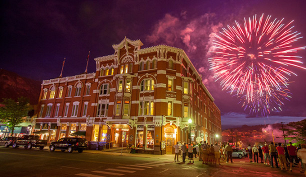 Strater-Hotel-Fireworks-Durango_SmithPhotography_courtesy_680-612x354